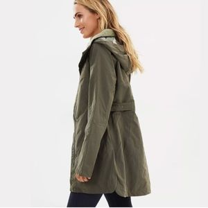 North Face Laney Trench II